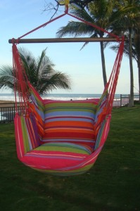 Roze hangmat stoel